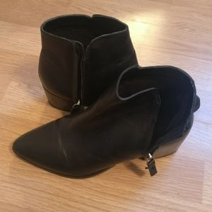Topshop leather pointed toe ankle boots